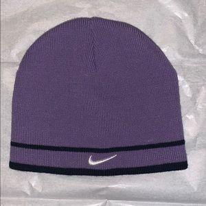 Nike tobaggan hat